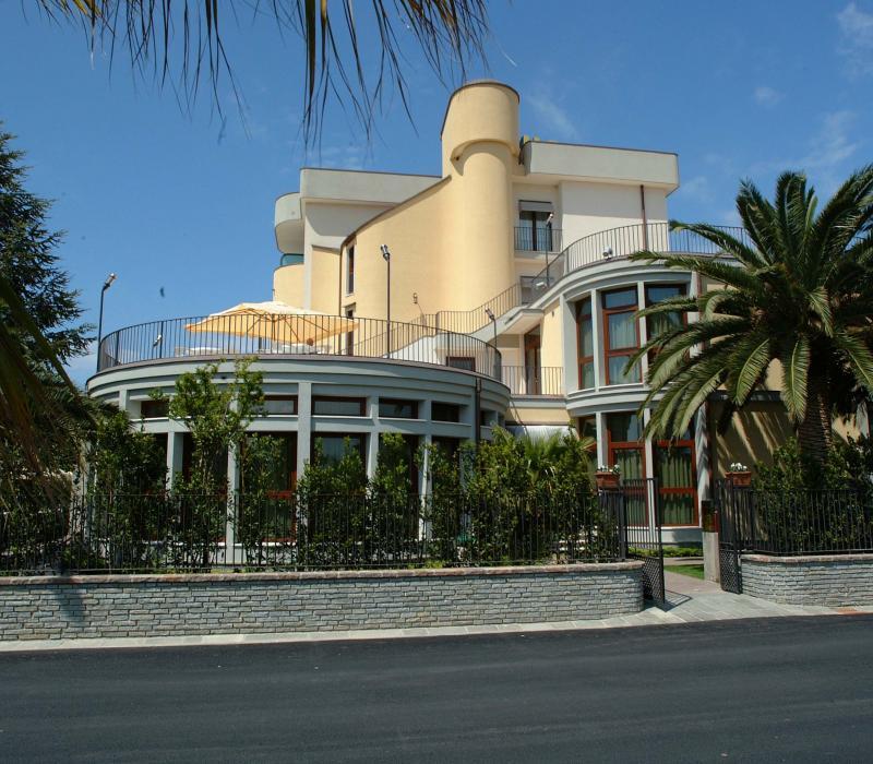 Casa albergo per anziani Hotel San Michele Paestum