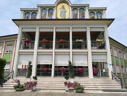 Casa Residenza Anziani La Madonnina
