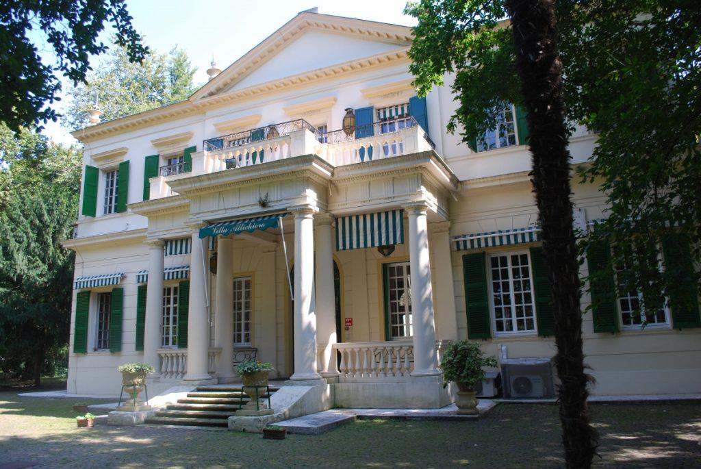 Casa Di Riposo Villa Altichiero
