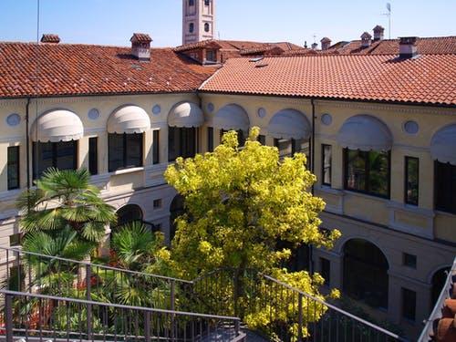 Casa per Anziani Mons. Craveri-Oggero