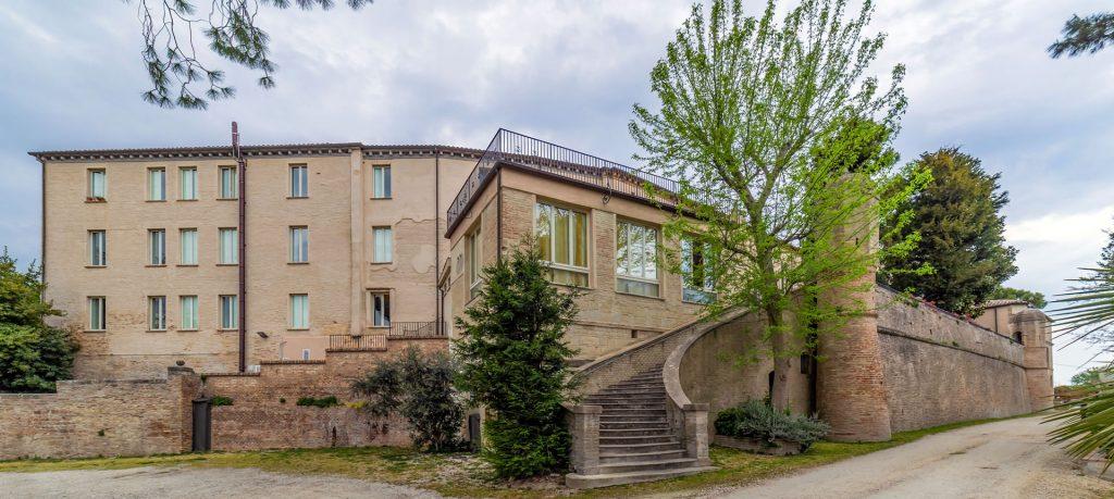 Gruppo Zaffiro: Residenza Montesicuro