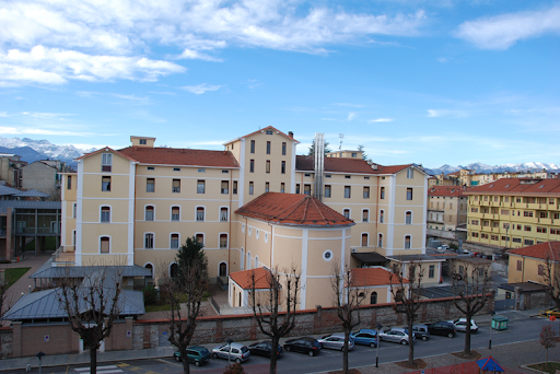 Diocesi di Cuneo: Residenza per Anziani Casa Famiglia